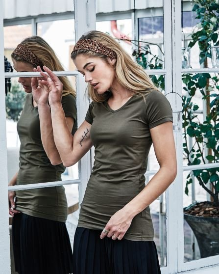 Ladies` Stretch Tee Extra Long